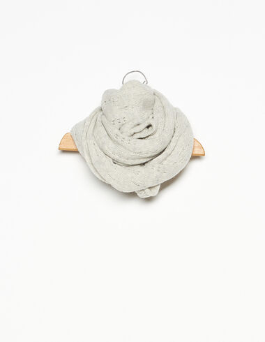 Light grey openwork scarf - View all > - Nícoli