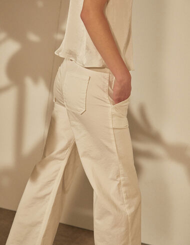 White wide leg trousers with pockets - View all > - Nícoli