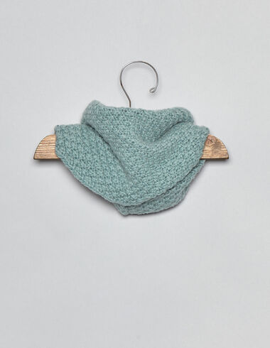 Light green baby snood - View all > - Nícoli
