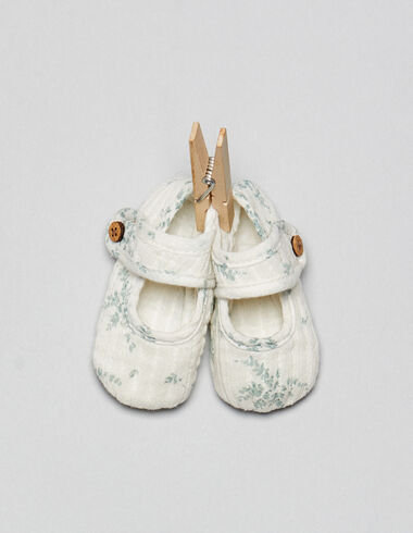 Green flowers baby shoes - Footwear - Nícoli