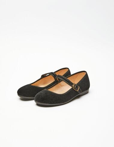 Black chinos - Shoes - Nícoli