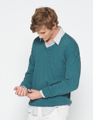 Boy's green v-neck sweater - View all > - Nícoli
